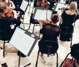 Et symfoniorkester kommer til byen